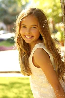 LAUREN BRYANT – Tween Model Search Finalist
